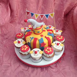 Circus Clowns Cake and Cupcakes
