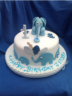 Excellent Nottingham Cakes Cake Gallery Wedding Cake Birthday Cupcakes Personalised Birthday Cards Epsylily Jamesorg