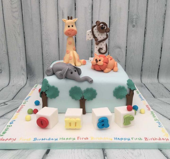 Phenomenal Nottingham Cakes Birthday Cakes Novelty Childrens Cupcakes Funny Birthday Cards Online Alyptdamsfinfo