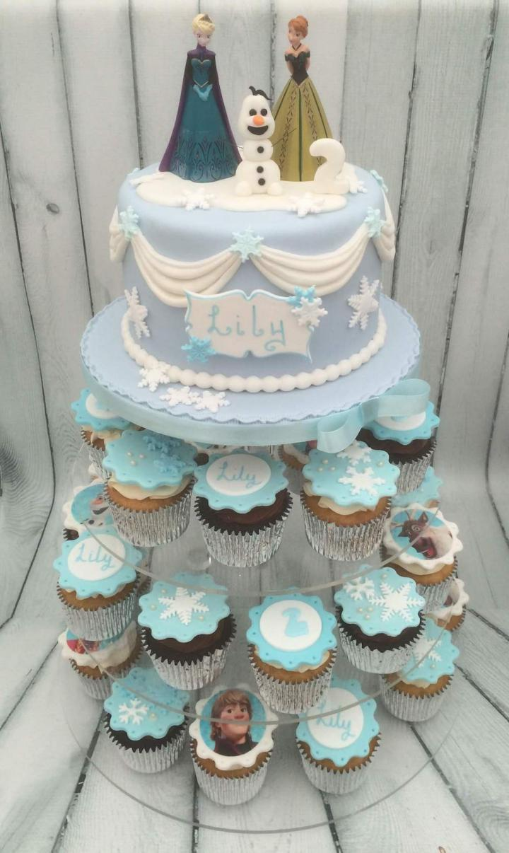 Awe Inspiring Nottingham Cakes Cupcakes Birthday Celebration Weddings Funny Birthday Cards Online Elaedamsfinfo