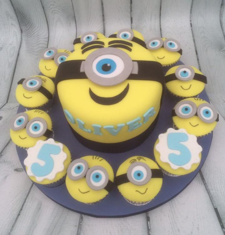 Minion Birthday Cake and Cupcakes